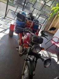 Título do anúncio: Vendo ou Troco por Moto. Triciclo Fan 2009