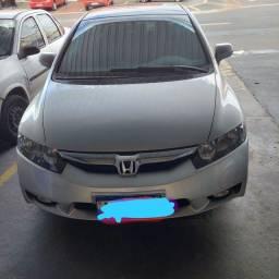 Título do anúncio: Honda civic 2008 carro bem conservado!!