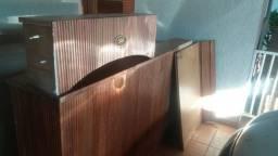 Barzinho madeira maciça