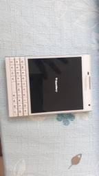 Vendo BlackBerry Passaport