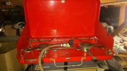 Fogareiro à gás duas bocas,antigo, funcionando,serve para acampamento e uso doméstico