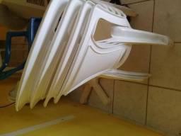 Cadeiras branca tramontina