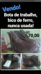 Bota de trabalho R$ 70,00 reais