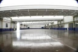 Galpão de 2.600m², c/ Escritório Mobiliado , Portaria, Estacionamento- AUG