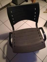 Cadeira fixa perfeito estado