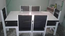 Mesa de jantar c/6 cadeiras