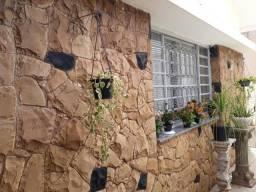 Casa no centro de Mogi Mirim
