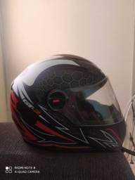 3 capacetes novinhos com valor variados