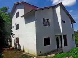 Casa com 5 dormitórios à venda, 220 m² por R$ 800.000-Jardim Martinelli-Penedo/RJ