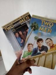Série dois homens e meio. Original.