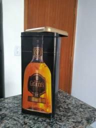 Embalagem de Lata de Whisky Grants