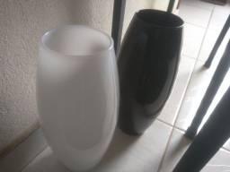 02 vasos para decoração