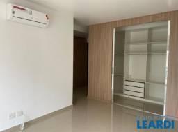 Apartamento para alugar com 5 dormitórios em Alphaville industrial, Barueri cod:633649