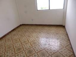 Apartamento de 02 quartos  sem mobilia