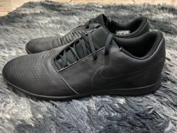 Título do anúncio: Chuteira Nike original phantom venon 43