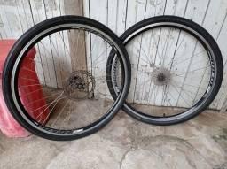 Título do anúncio: Par de rodas shimano k7