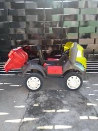 Caminhão infantil - Três Corações MG