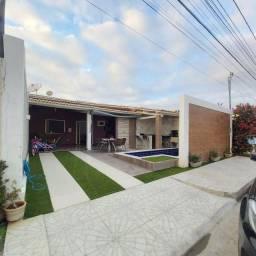 Casa no condomínio Jardim Vitória 1