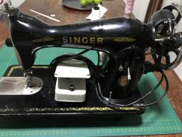 Título do anúncio: Máquina de costura 200,0