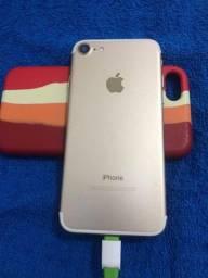 Título do anúncio: Iphone 7 Dourado 32gb