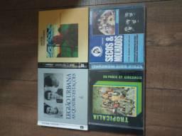 4 cds Legião, Secos e Molhados, Tropicália, Milton Nascimento