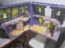 Brinquedos (Batcaverna e Mansão)