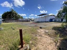 Título do anúncio: Terreno grande com pavilhão, muito perto da Estação de trem São Luís