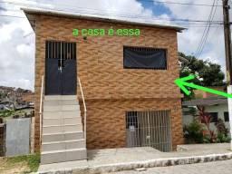 Título do anúncio: Vendo uma casa em ótima localização