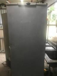 Título do anúncio: Refrigerador / Freezer Branco 577 litros - Vertical
