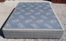 Título do anúncio: base de cama box de casal, seminova, 1,38, cinza.