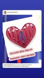 Título do anúncio: Colchão boia inflável em formato de coração
