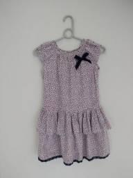 Vestido feminino infantil.