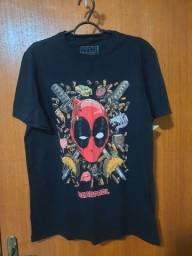Título do anúncio: Camiseta deadpool nova com etiqueta