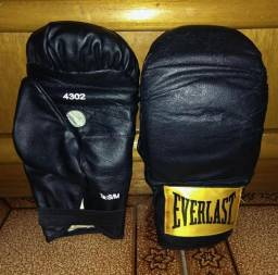 Luva de bater saco Everlast + 2 pares de bandagem