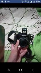 Câmera semi-Profissional Nikon