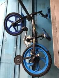 Bicicleta infantil menino hotwheels