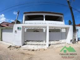 Casa duplex com quatro quartos pertinho do centro de Paracuru