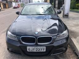 BMW 318i em ótimo estado, baixa quilometragem - 2012