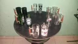Canecas de garrafas de vidro