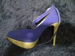Sapato azul salto 35
