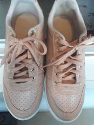 Tênis n 36 marca Pink ,usado 1 vez