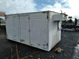 F4000 BAU Refrigerado 4,2 mts Acoplado e Eletrico