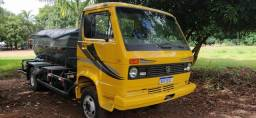 Caminhão limpa foça - 1985