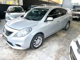 Nissan versa sv 2013 - 2013