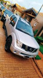 Nissan Frontier LE 2007 Leia o Anúncio - 2007