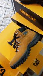 Bota caterpillar $150