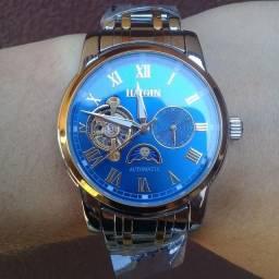 Relógio Mecânico Haiqin Com Fases da Lua e Indicador 24h