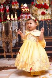 Vestido infantil Bela e a Fera