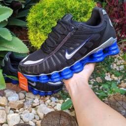 Título do anúncio: Tênis Nike 12 molas azul refletivo