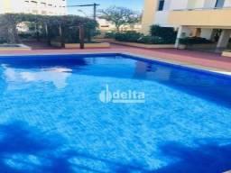 Título do anúncio: Apartamento com 3 dormitórios à venda, 119 m² por R$ 650.000,00 - Centro - Uberlândia/MG